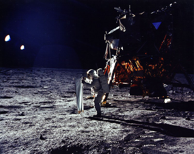 Heliopoli_Full_EX69_Apollo_11